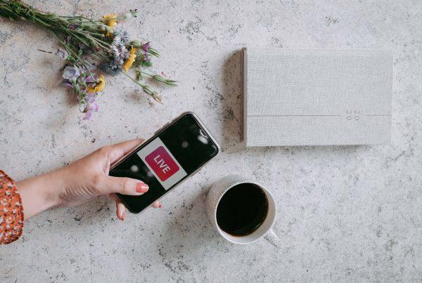 Instagram live, Instagram Checkout, Dobbelt Instagram story feed. Nu kan du snart købe produkter direkte gennem Instagram